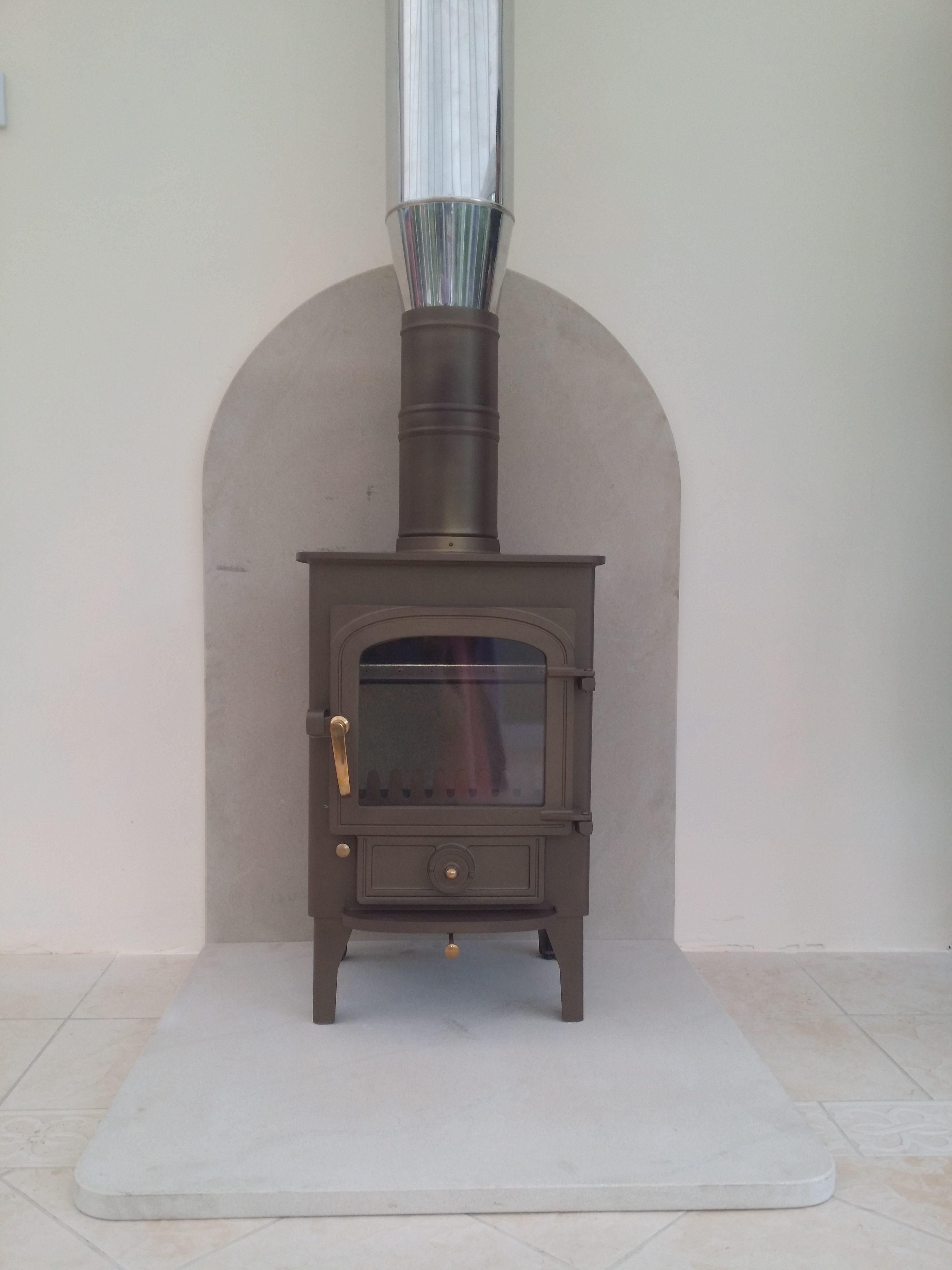 Pioneer with sanstone hearth and back piece Hancock Stoves and Flues
