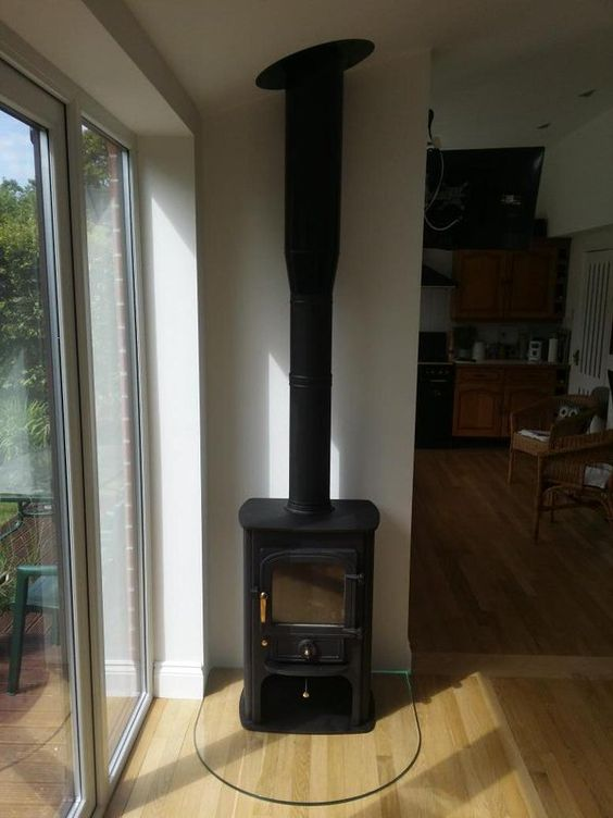 Solution 400 with twin wall on glass hearth
